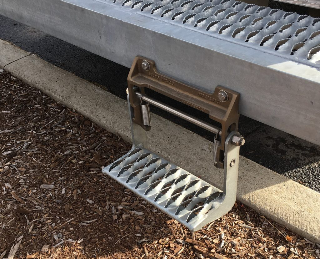 Safety Swing Step Sauber Mfg Co